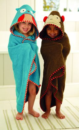Toallas y albornoces para bebés y niños... http://www.mibabyclub.com/tienda/bano-del-bebe/toallas-y-albornoces-para-bebes.html