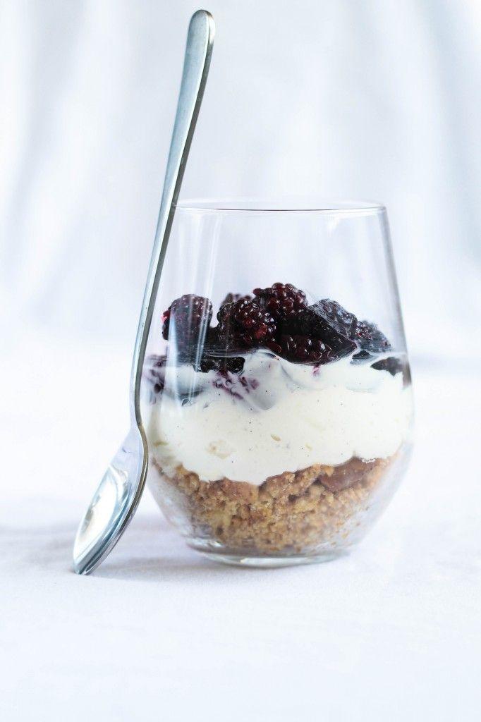 No-bake Cheesecake med brombær (Recipe in Danish)