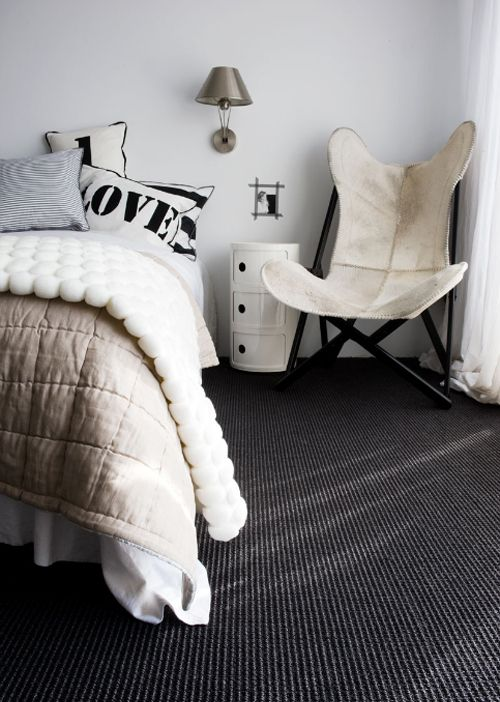 Bedroom inspiration: The pure white wall and charcoal carpet are the same colours used in my own bedroom renovation.  Although I'm thinking of buying the Kartell Componibili unit in black rather than white.