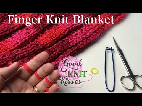 Finger Knit Blanket (or wide scarf) How to connect - http://www.knittingstory.eu/finger-knit-blanket-or-wide-scarf-how-to-connect/