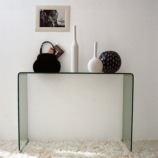 les 25 meilleures id es de la cat gorie console verre sur pinterest vitrine verre vitrine en. Black Bedroom Furniture Sets. Home Design Ideas