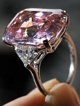 On 16 November 2010, the 'Graff Pink' has become the most expensive diamond in the world at an auction in Geneva (Switzerland). The sale price has reached $ 46.8 million