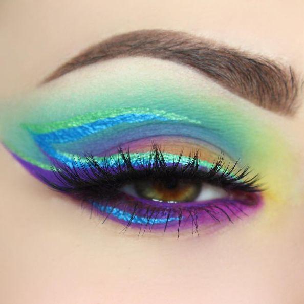 Wie süß ist dieser Look mit schimmerndem Eyeliner?