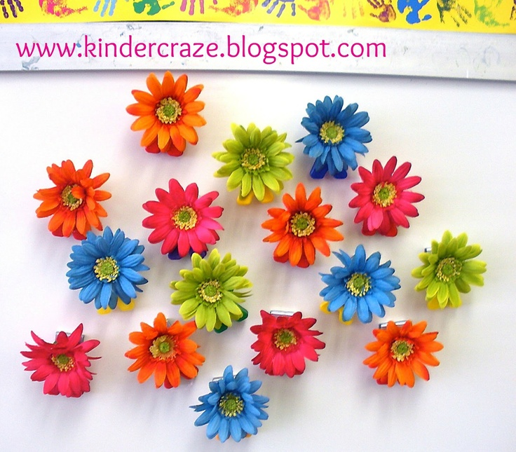 finished DIY magnetic flowersCrafts Ideas, Classroom Decor, Flower Magnets, Magnets Flower, Diy Magnets, Finish Diy, Flower Clips, Classroom Ideas, Classroom Organic
