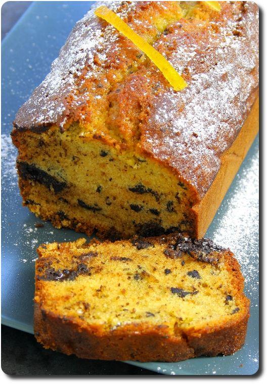 Détail du cake à l'orange et chocolat noir