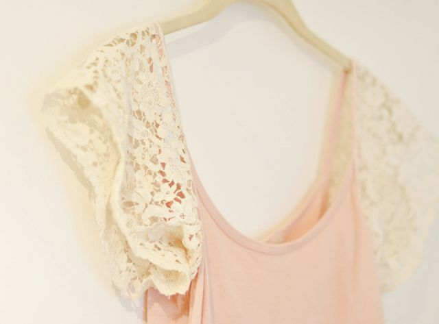 DIY Lace Sleeve