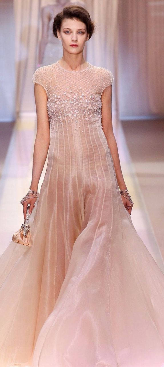281 best Armani couture images on Pinterest | Red carpet dresses ...