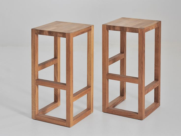 Solid wood stool STEP by Vitamin design: for the island