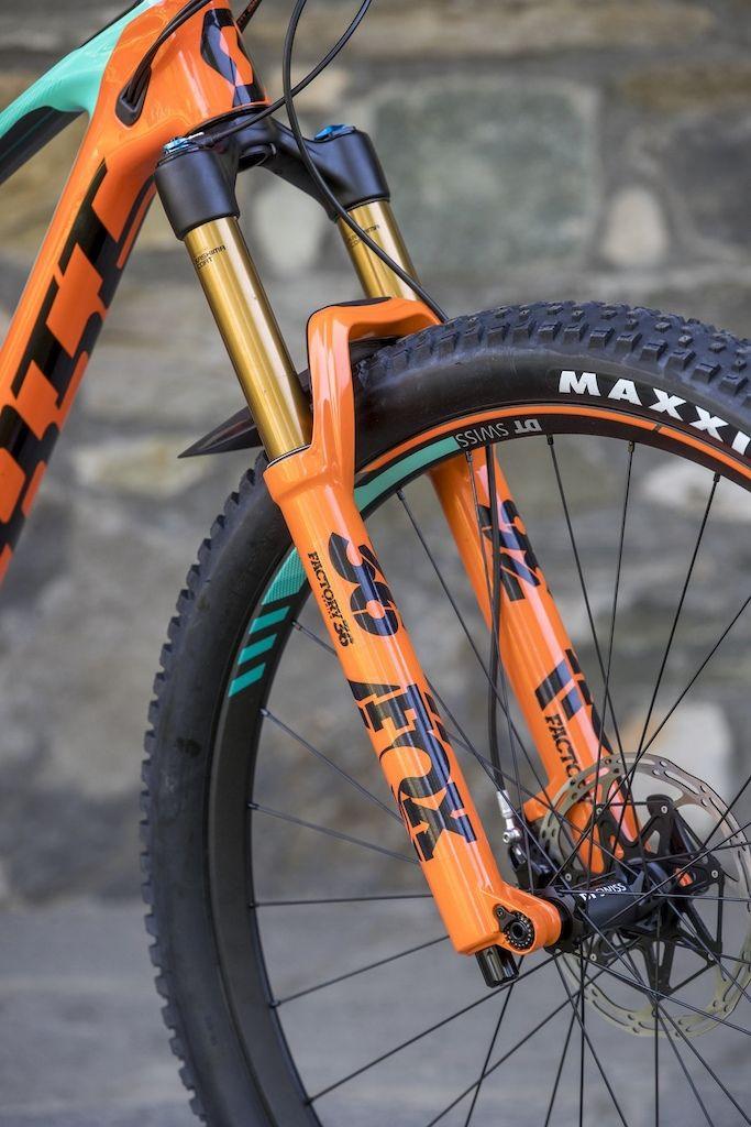Scott Genius 2018 First Ride Pinkbike Best Mountain Bikes Mountain Bike Reviews Bike