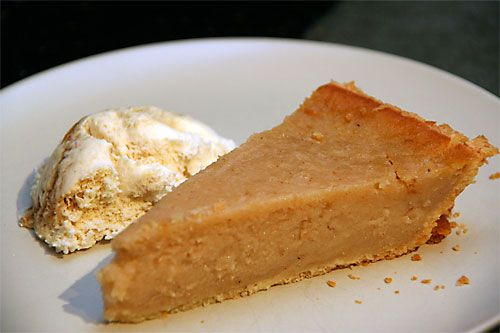 Applesauce Pie - alternative to apple pie and a great way to use up ...