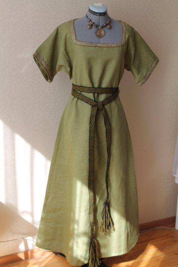 Viking dress by NornasMystery on Etsy