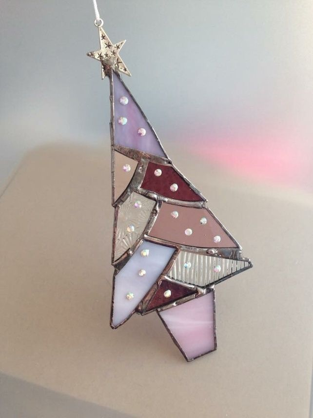 Stained glass Christmas tree in purple
