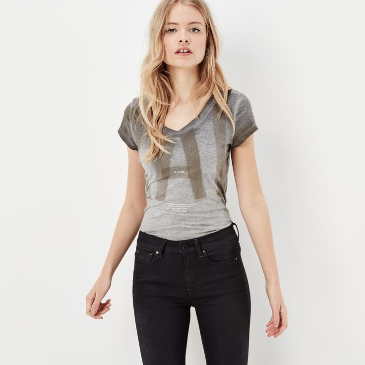 Finished with a large, cropped graphic, this slim tee is the perfect option for…