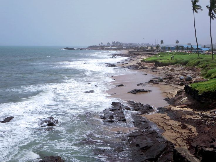 Ghana's south coast faces the Gulf of Guinea at Elmina.