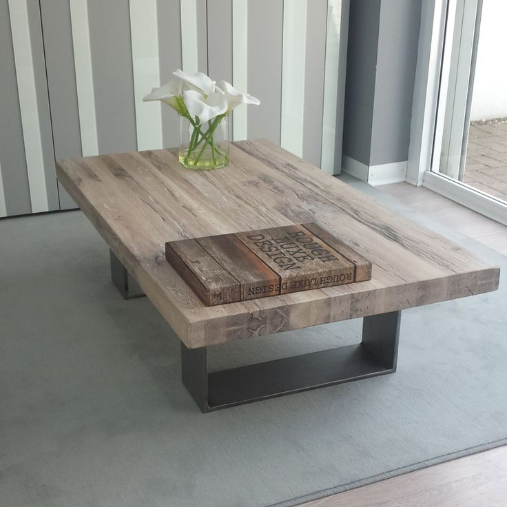 Wood And Metal Coffee Table With Solid Legs