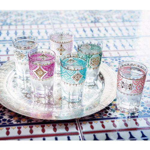 まるでアラビアンマジック☆ モロッコの市場で見つけたような カラーチェンジグラスの会
