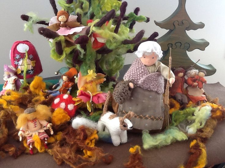 Waldorf crafts dolls trees for a seasonal table.