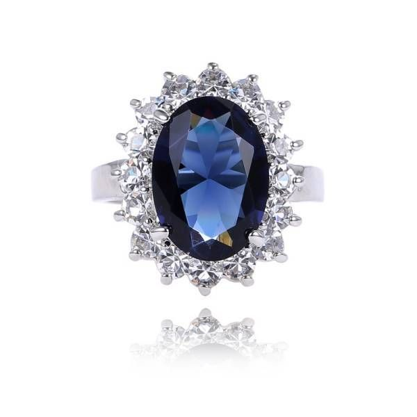 anello di fidanzamento zaffiro blu william e Kate