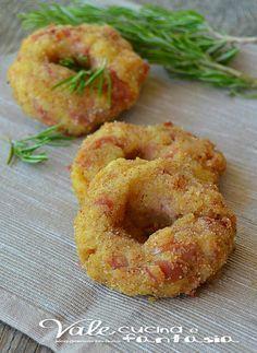 Ciambelline di patate e prosciutto cotto ricetta facile e veloce / Sempre da provare senza prosciutto e con un po' di dadini di formaggio magari