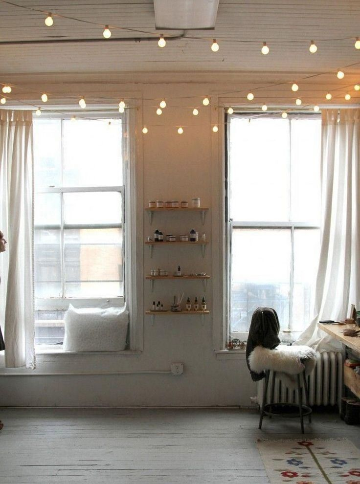 String Lights Interior Design : Decorating Ideas: Vintage Interior Design Ideas With Classic String Globe Lights In The Ceiling ...