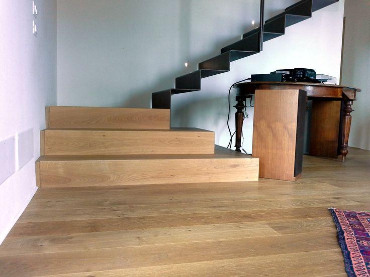 Scala in legno di Rovere ed Acciaio corten
