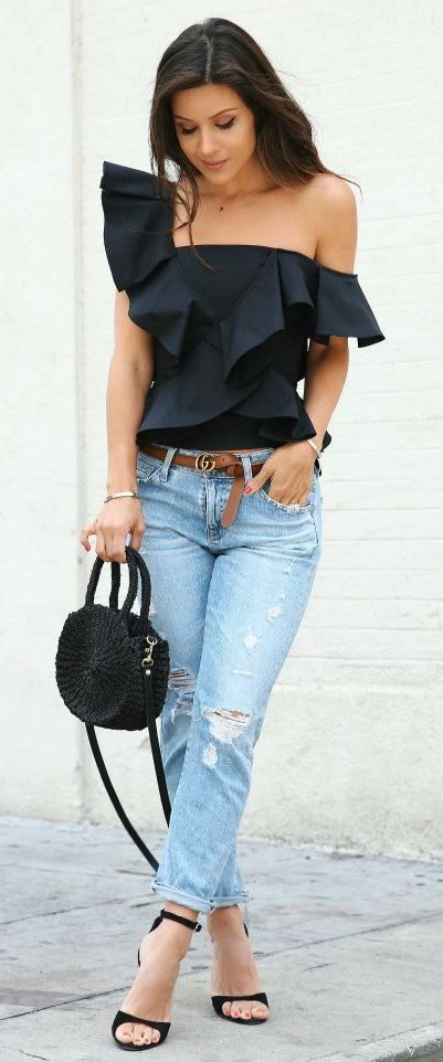 casual+style+addict+/+black+one+shoulder+blouse+++bag+++rips+++heels
