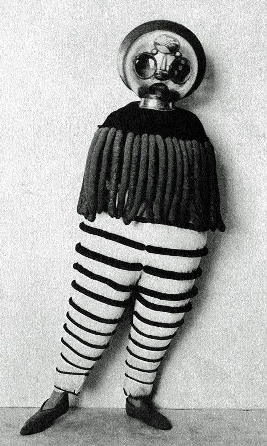 A Moment for the Bauhaus Ballet | Hint Fashion Magazine