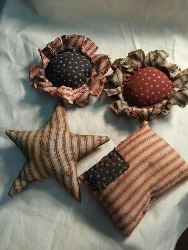 Primitive Americana Bowl Fillers/ Ornies American Flags Stars Flowers/Grunged #NaivePrimitive #Handmade