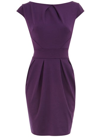 Check out Ann Taylor's professional collection of work dresses for women and find a one that matches your style today. You deserve a dress that makes you feel happy and confident every time you put it on.