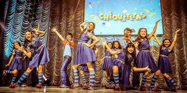 Elenco comemora dois anos de Chiquititas no ar