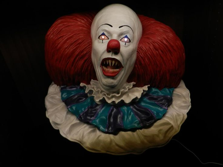 Life Size Clown Pennywise The Clown Life Size Bust By