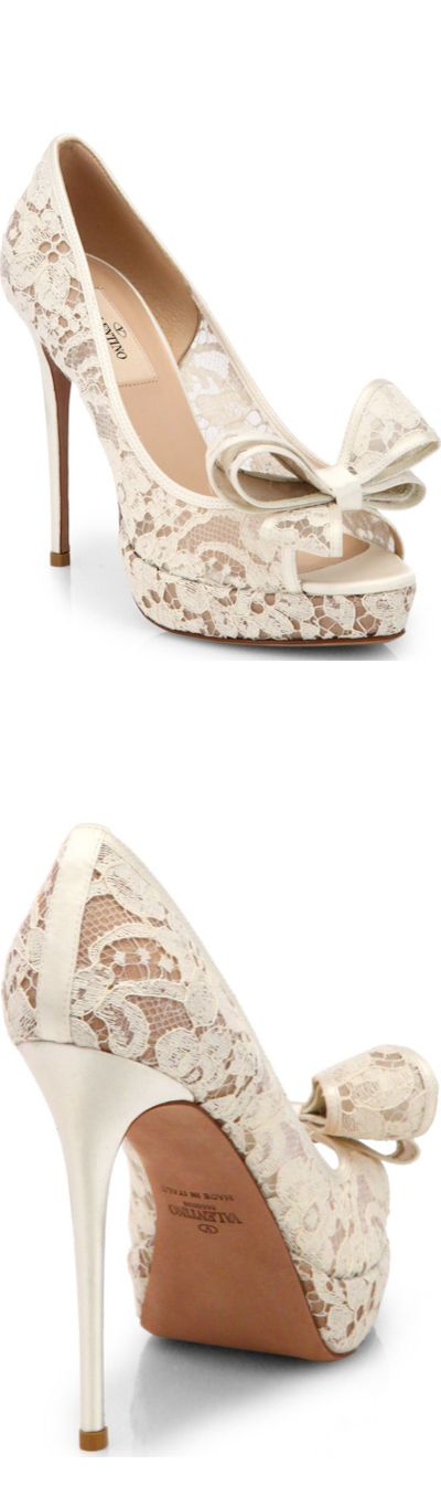 Valentino Couture White Bow Lace Pumps Spring 2014 #Shoes #Weddingshoes #Heels