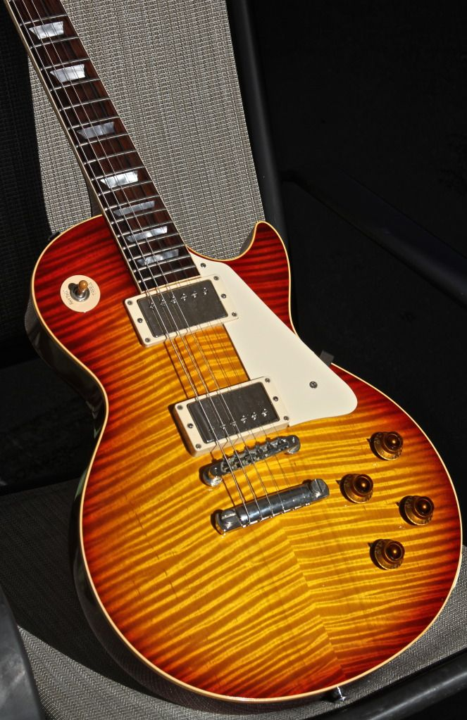 fs 2001 gibson les paul 39 59 reissue monster top r9 priced to sell les paul forums. Black Bedroom Furniture Sets. Home Design Ideas