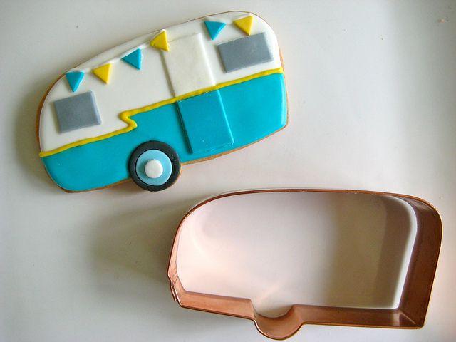 vintage camper cutter by sugarlily cookie, via Flickr