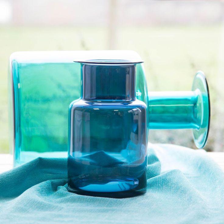 les 25 meilleures id es de la cat gorie vase en verre sur pinterest vases des branches de. Black Bedroom Furniture Sets. Home Design Ideas
