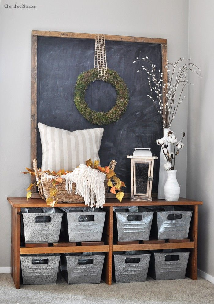 Such a beautiful Fall Home Tour filled with neutral decor and simple decorating ideas. Get all the details at CherishedBliss.com: