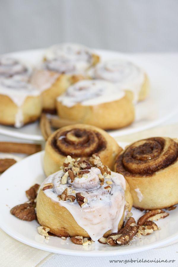 Cinnamon rolls/ Rulouri cu scortisoara | gabriela cuisine - recipes