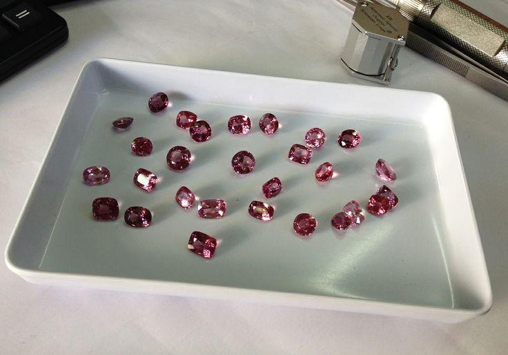 Драгоценные камни - шпинель pink #spinel, loose #gemstone, #gems, #gemology