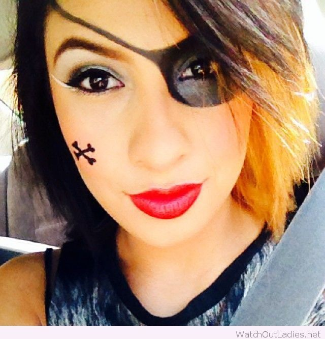 Pirate Halloween makeup for girls – Watch out Ladies