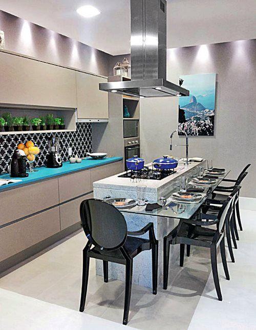 cozinha, cinza, cimento queimado, azul turquesa, preto, inox, mármore