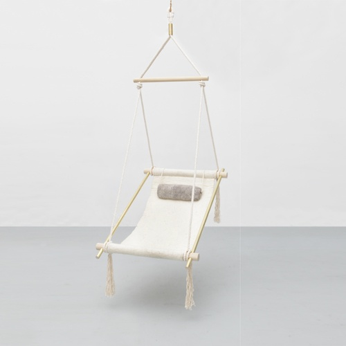 hanging chair it looks pretty easy to make too gorgeous. Black Bedroom Furniture Sets. Home Design Ideas