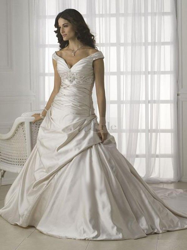best wedding dress for hourglass figure | How To Choose ...