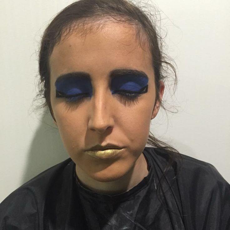 Egyptian makeup.