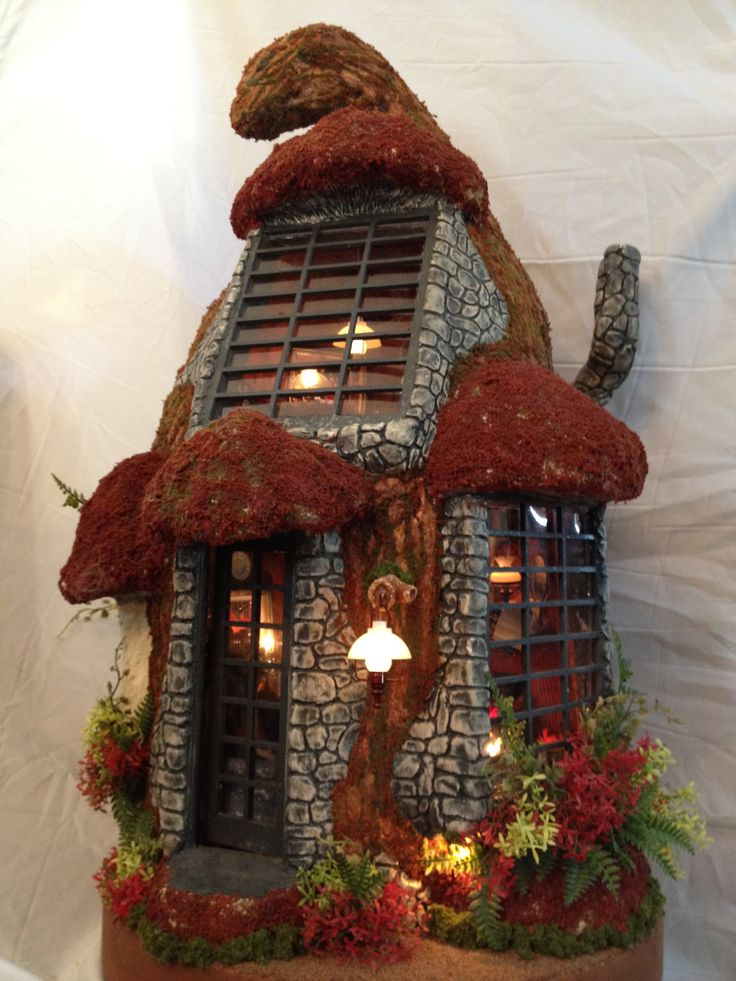 Tremendous 17 Best Images About Miniature Houses On Pinterest Dollhouses Largest Home Design Picture Inspirations Pitcheantrous
