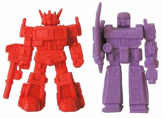 Transformers decoys - Optimus Prime and Megatron! #toys #toy #minifigures #minifigure #robots #robot #transformers #80s #1980s #keshi