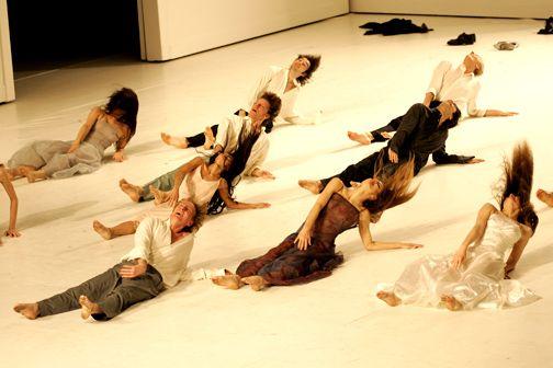 Tanztheater Wuppertal - Pina Bausch - Pieces - Für die Kinder von gestern, heute und morgen (For The Children of Yesterday, Today and Tomorrow)
