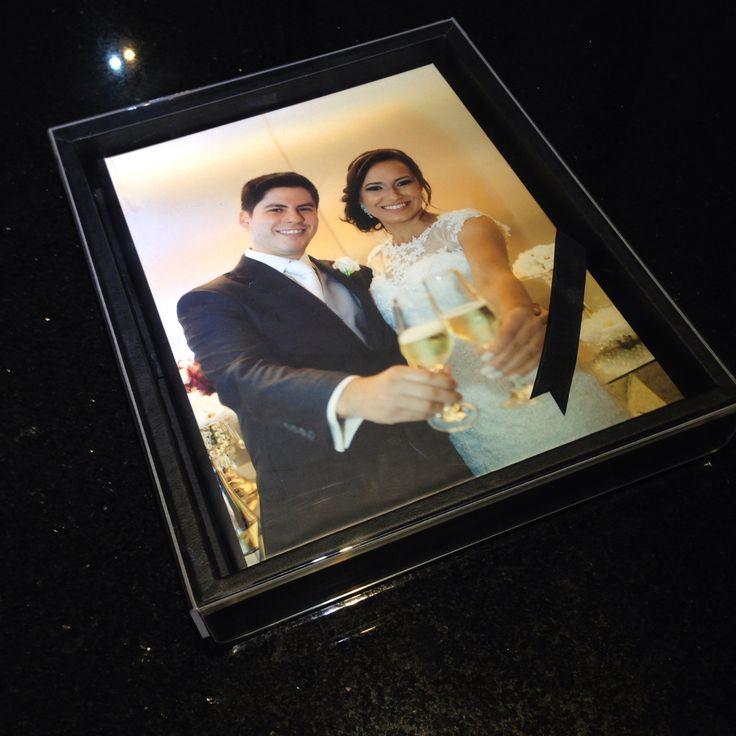 Álbum de casamento 28x35cm com caixa tampa acrílica. .  Eduardo Araújo Fotografia