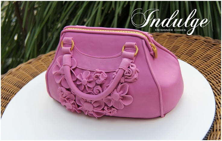 Another amazing handbag cake from Indulge Designer Cakes in Victoria - wow, just wow! Check out the detailed stitching - and those gorgeous flowers. Visit www.indulgedesignercakes.com.au for more!