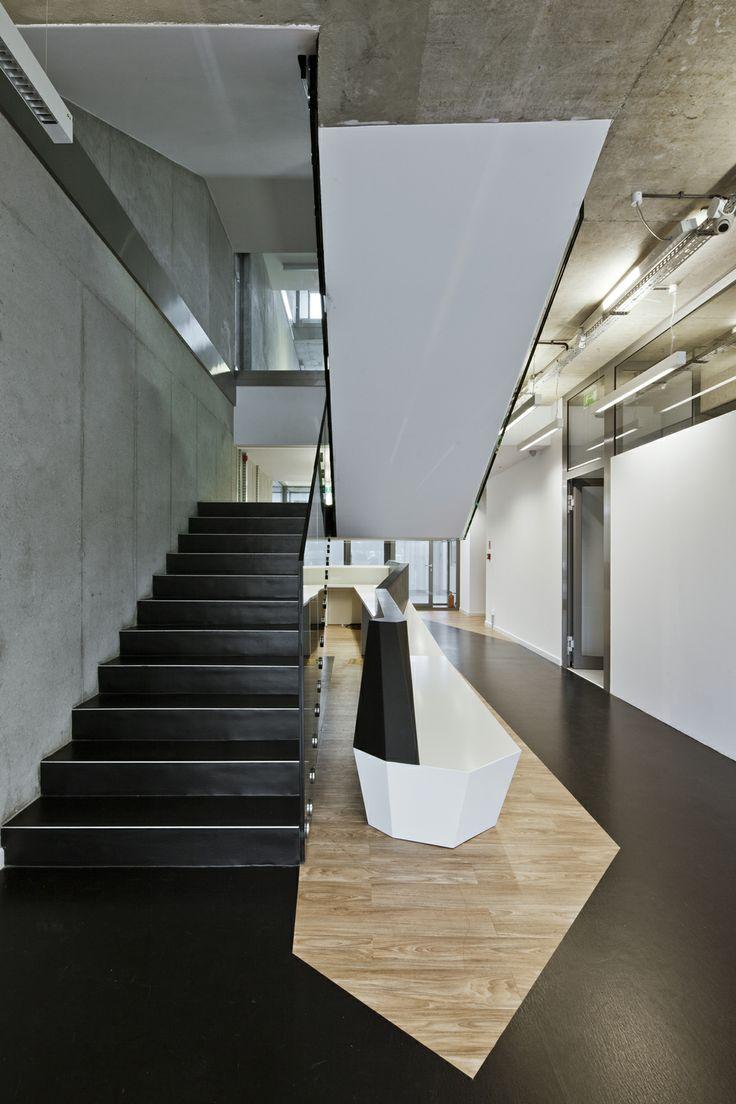 Interior of Octopol company headquarter. Project by Grupa Plus Architekci. www.grupaplus.org #office #interiors #architecture #grupaplus