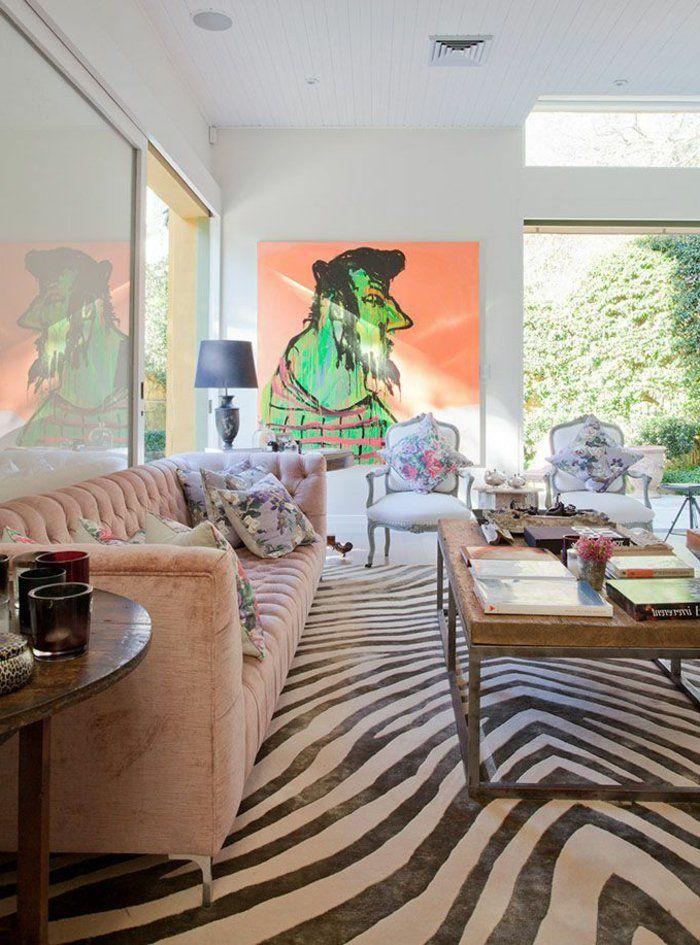 tapis zebre ikea, tapis salon pas cher, table de salon en bois et fer, murs blanches, peinture murale